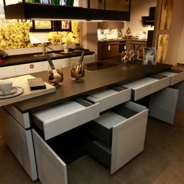 Kh Küche Angebot Pulverlack Silber Metallic Und Metallschwarz (1)
