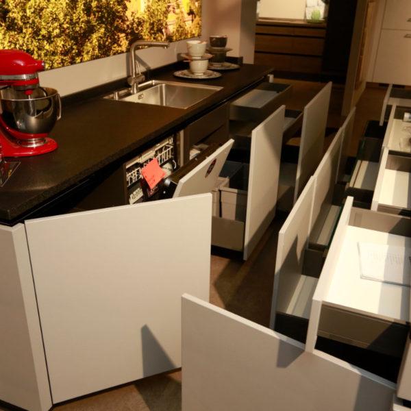 Kh Küche Angebot Pulverlack Silber Metallic Und Metallschwarz (17)