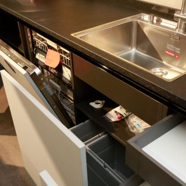 Kh Küche Angebot Pulverlack Silber Metallic Und Metallschwarz (21)