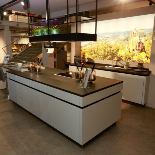 Kh Küche Angebot Pulverlack Silber Metallic Und Metallschwarz (3)