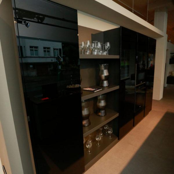 Kh Küchen Glas Schwarz Pulverlack Silbermetallic Angebot (7)
