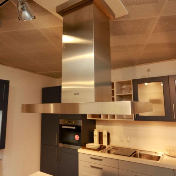 Nolte Küche Angebot Frame Papyrusgrau Blaubeere (4)