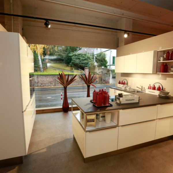 Nolte Küche Angebot Glas Tec Weiß (1)