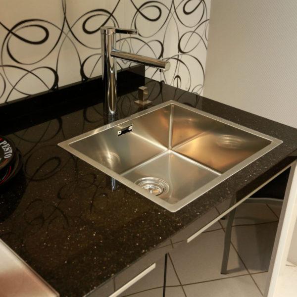 Nolte Küche Angebot Glastec Weiß Schwarz (5)