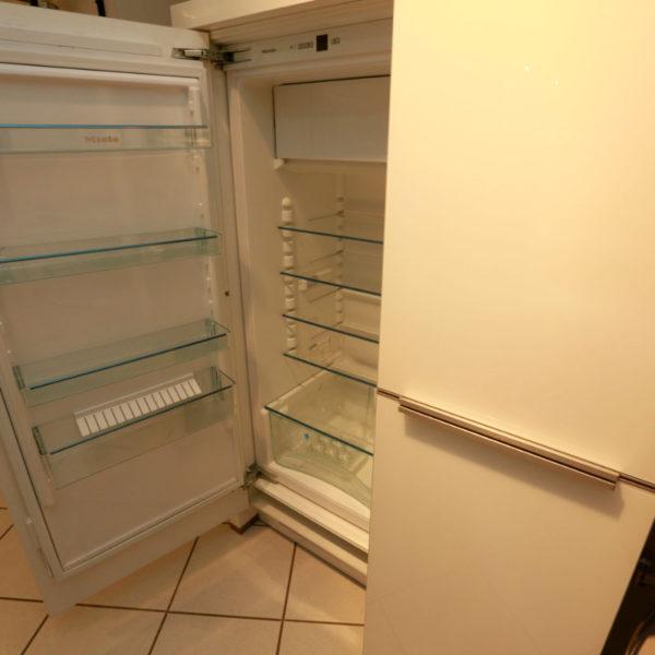 Nolte Küche Angebot Glastec Weiß Schwarz (8)