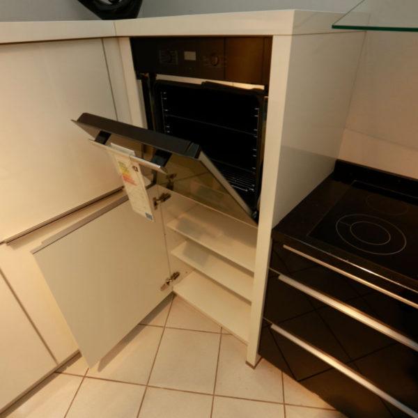Nolte Küche Angebot Glastec Weiß Schwarz (9)