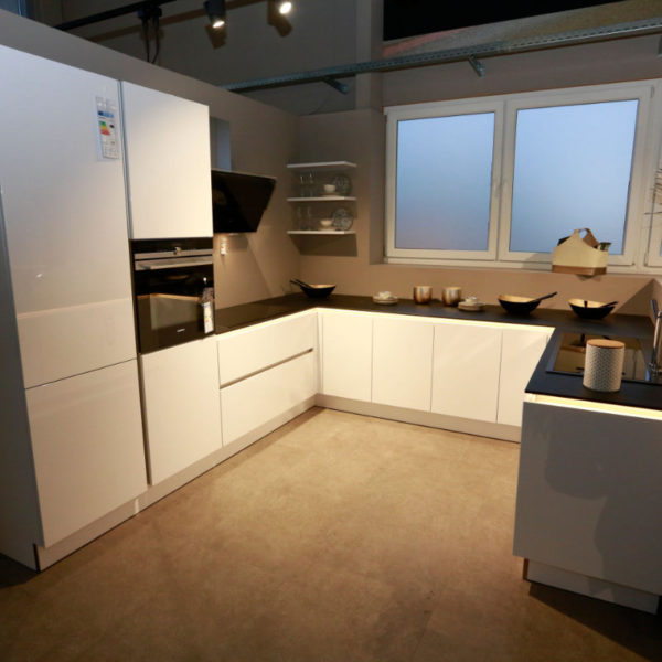 Nolte Küche Arcticweiss Hochglanz Angebot (4)