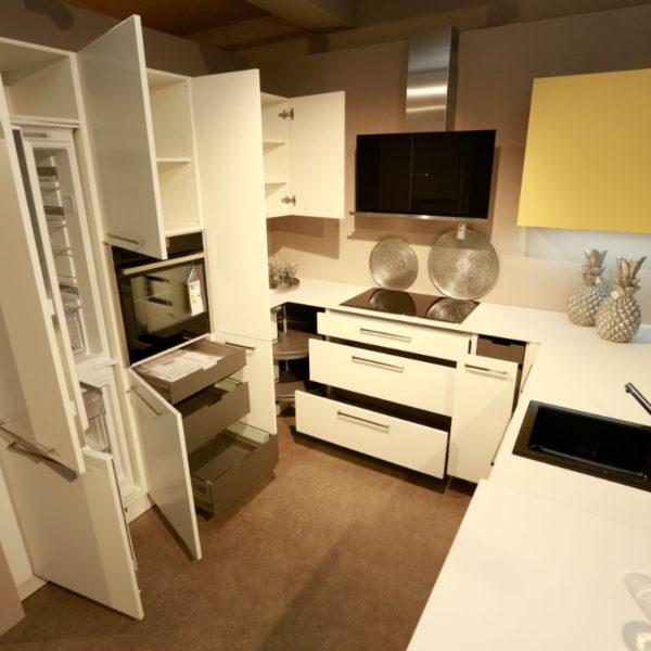 Nolte Küche Matrix 150, S19 Soft Lack Weiß Sonderangebot (11)