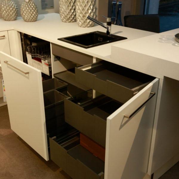 Nolte Küche Matrix 150, S19 Soft Lack Weiß Sonderangebot (14)