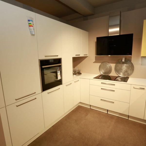 Nolte Küche Matrix 150, S19 Soft Lack Weiß Sonderangebot (4)
