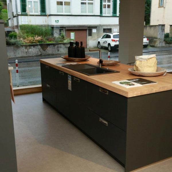 Schüller Küche Biella Lavaschwarz Angebot (2)